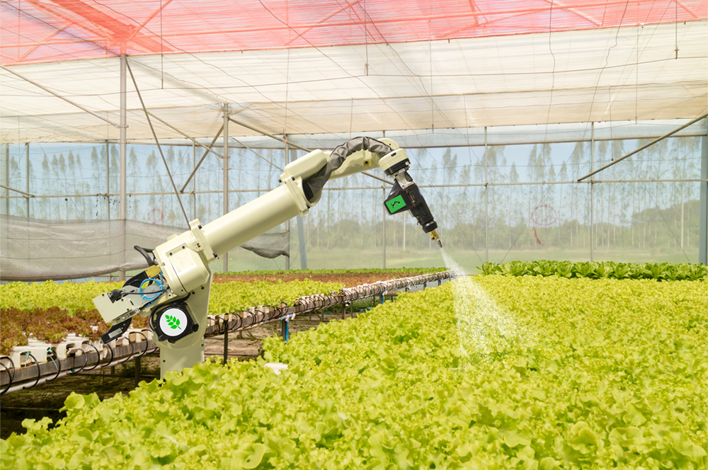 Watering arm in agriculture automation